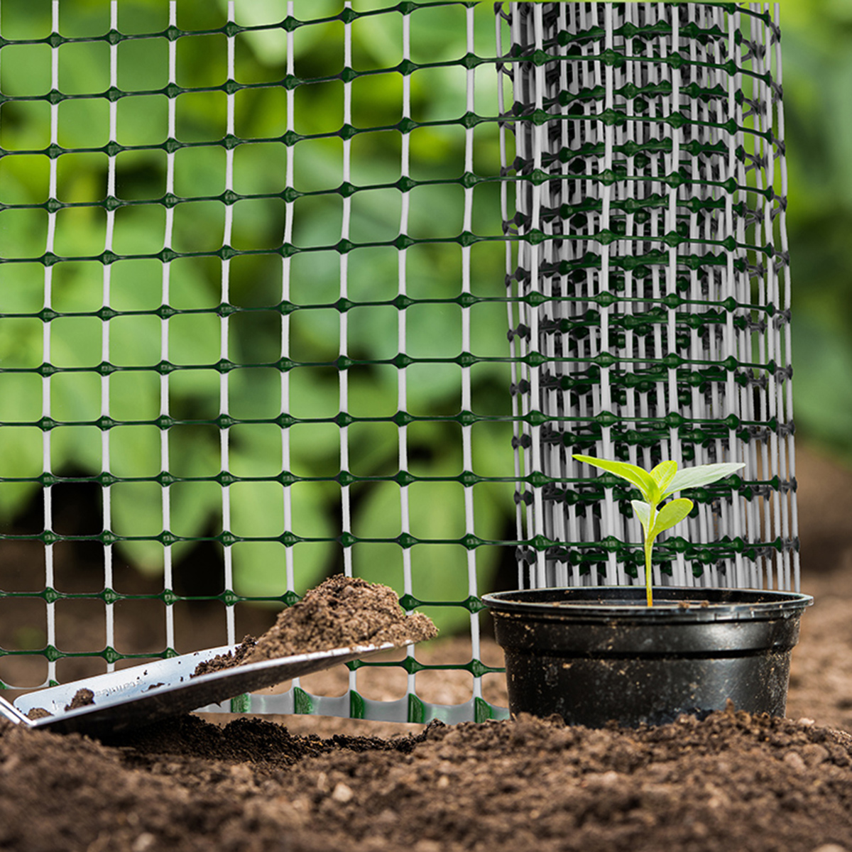 15520 15521 decorative plastic garden mesh in situ